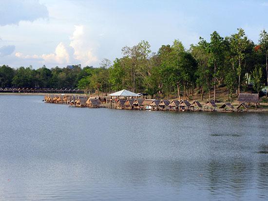 Huay Tung Tao Lake, Chiang Mai.