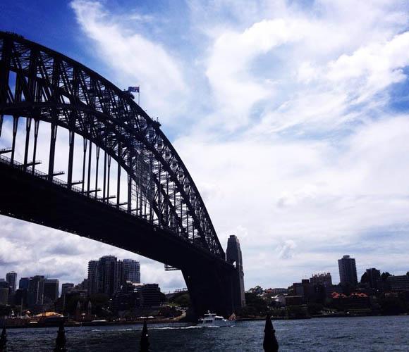 Sydney Bridge, Australia.