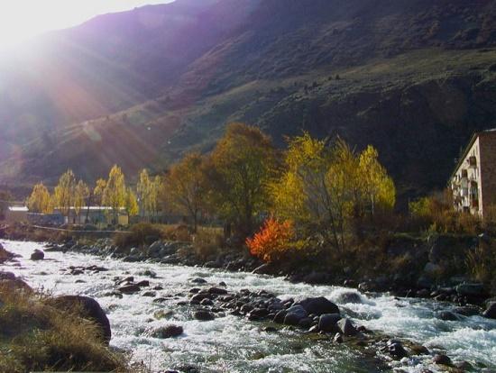 kyrgyzstan-spa-sal-lavallo