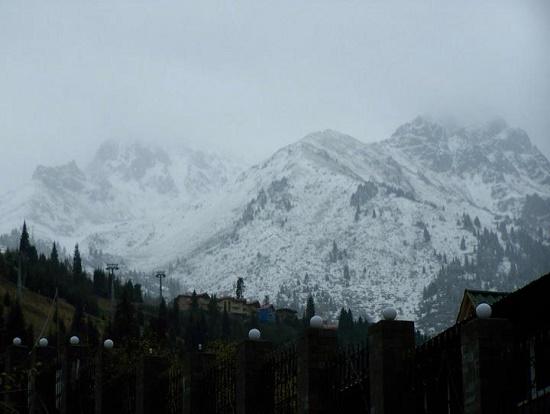 mountains-kazakhstan-sal-lavallo